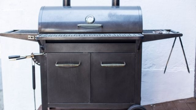 Gas Grill Under 200 The Right Size and Cooking Area