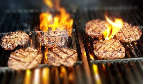 How to Barbecue Frozen Hamburgers