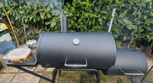 how to season a smoker for the first time